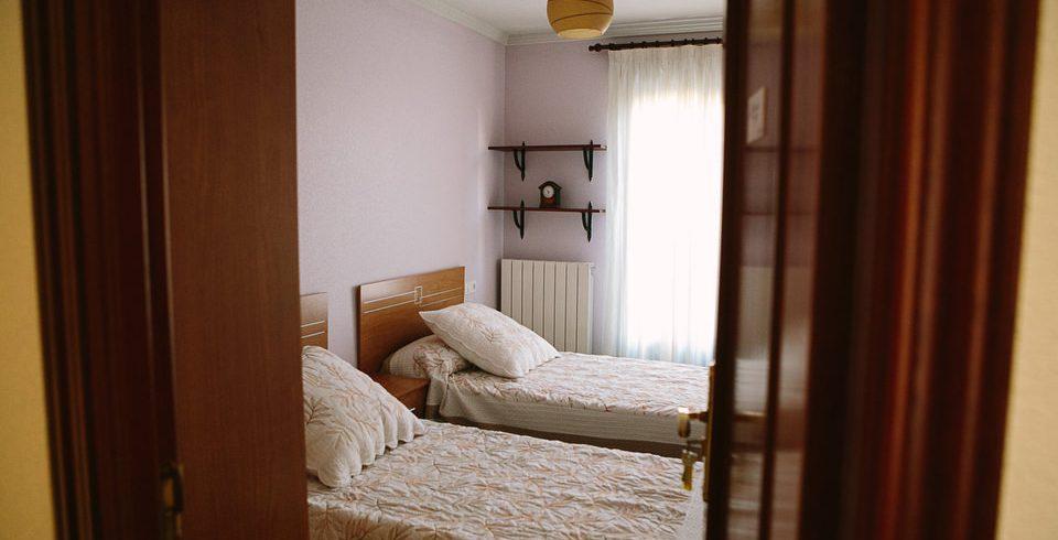 Habitación de la casa de acogida de Pyfano en Salamanca